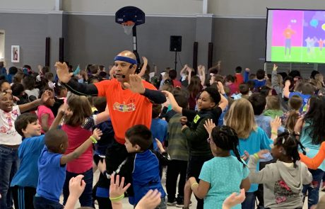 Coach Larry Calhoun, the star of the Move to Learn exercise break videos, visited New Albany Elementary School on April 2 to introduce administrators, teachers and students to the Move to Learn Initiative. Calhoun presented a live demonstration of the Move to Learn videos and discussed the importance of fitness, focusing, and good behavior.